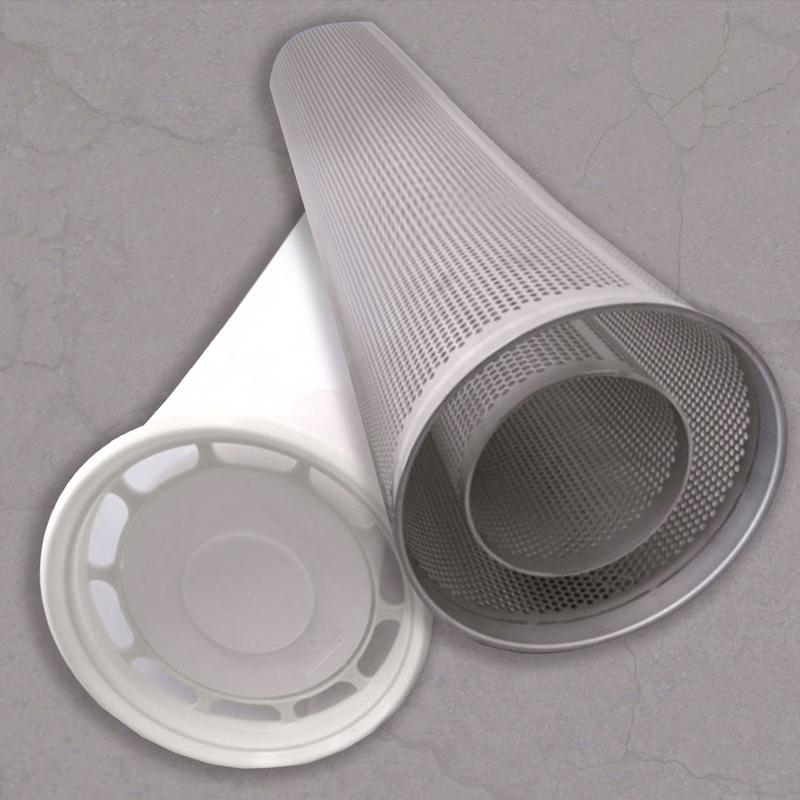 Fotografía de los elementos filtrantes metálicos y cerámicos que se emplean en los filtros de agua de superficie